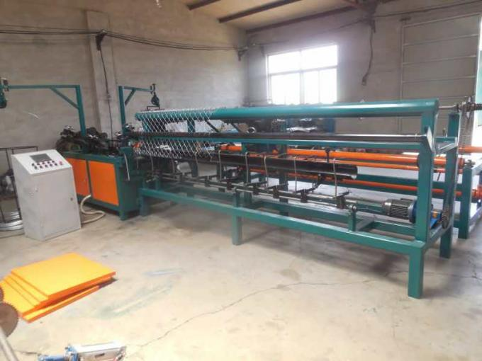 Double Wire CNC Chain Link Fence Machine / Automatic Chain Link Machine For Playground