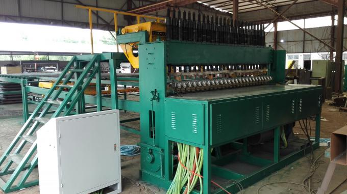 Manual Feeding Automatic Reinforced Mesh Welding Machine For 5 - 12mm Wire Diameter