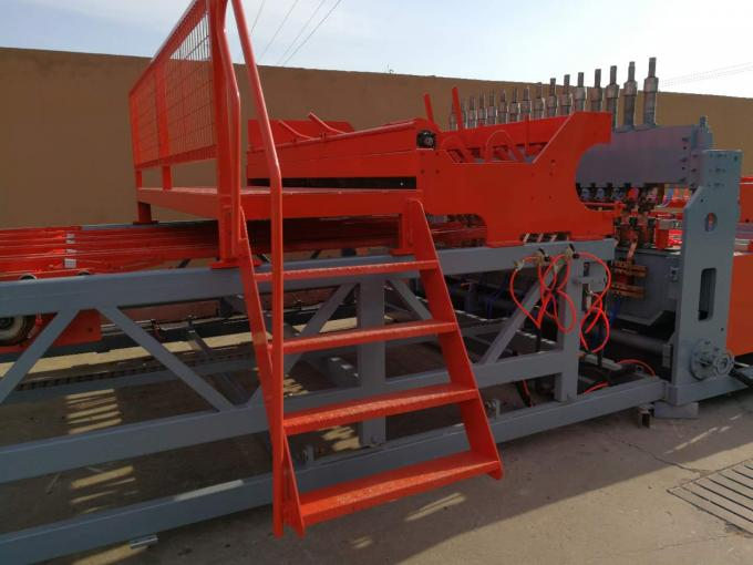 Concrete Reinforcing Steel Mesh Welding Machine , Mesh Width 2500mm