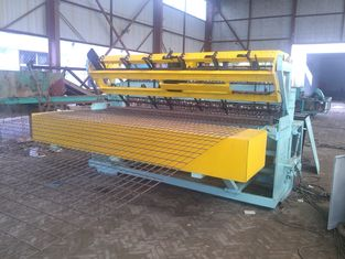 Automatic Steel Wire Mesh Welding Machine 40 - 60 Times / Min For Airport