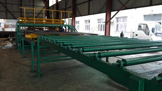 China Manual Feeding Automatic Reinforced Mesh Welding Machine For 5 - 12mm Wire Diameter supplier