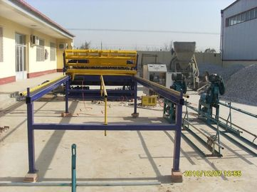 China Durable Wire Cage Welding Machine , Iron Net Making Machine For Fencing Mesh supplier