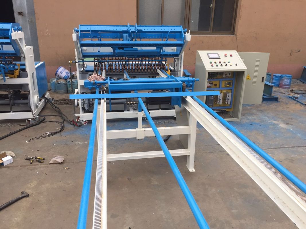 High Productivity Fence Mesh Welding Machine 2.0 - 6.0mm Wire ...
