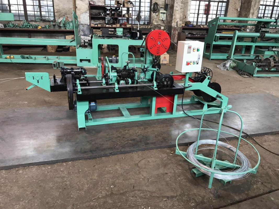 CS--C Positive / Negative Twist Barbed Wire Machine For Fence CE ...