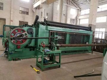China High Efficiency Gabion Wire Mesh Machine Green Color With Automatic Oil System distributor
