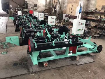 China Double Straight And Reverse Barbed Wire Manufacturing Machine For National Defense distributor